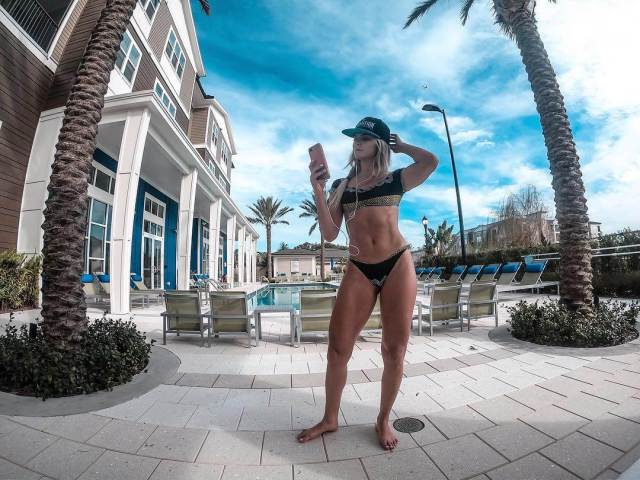 Taynara Conti Hottest Pictures (39 Photos)