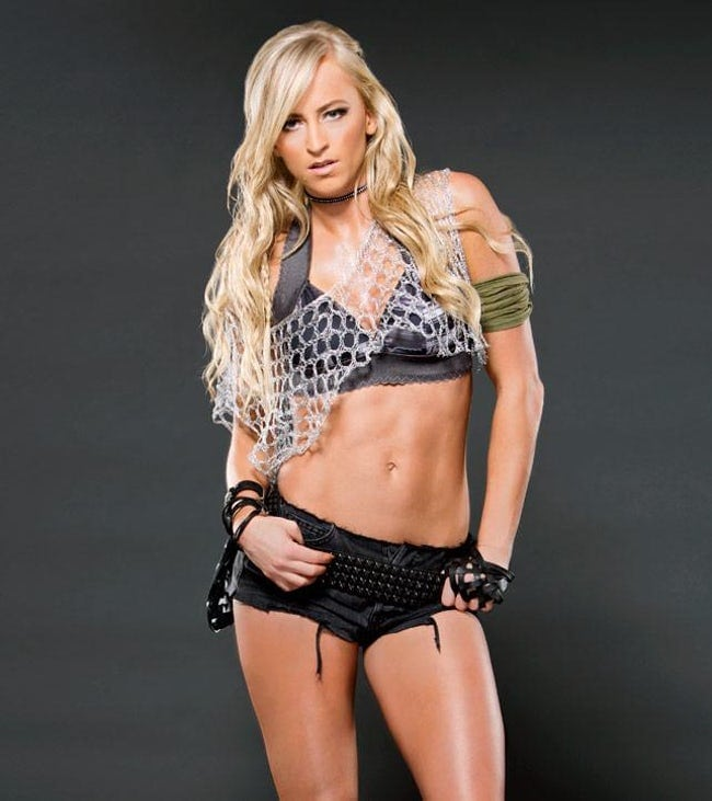Summer Rae Sexiest Pictures (41 Photos)
