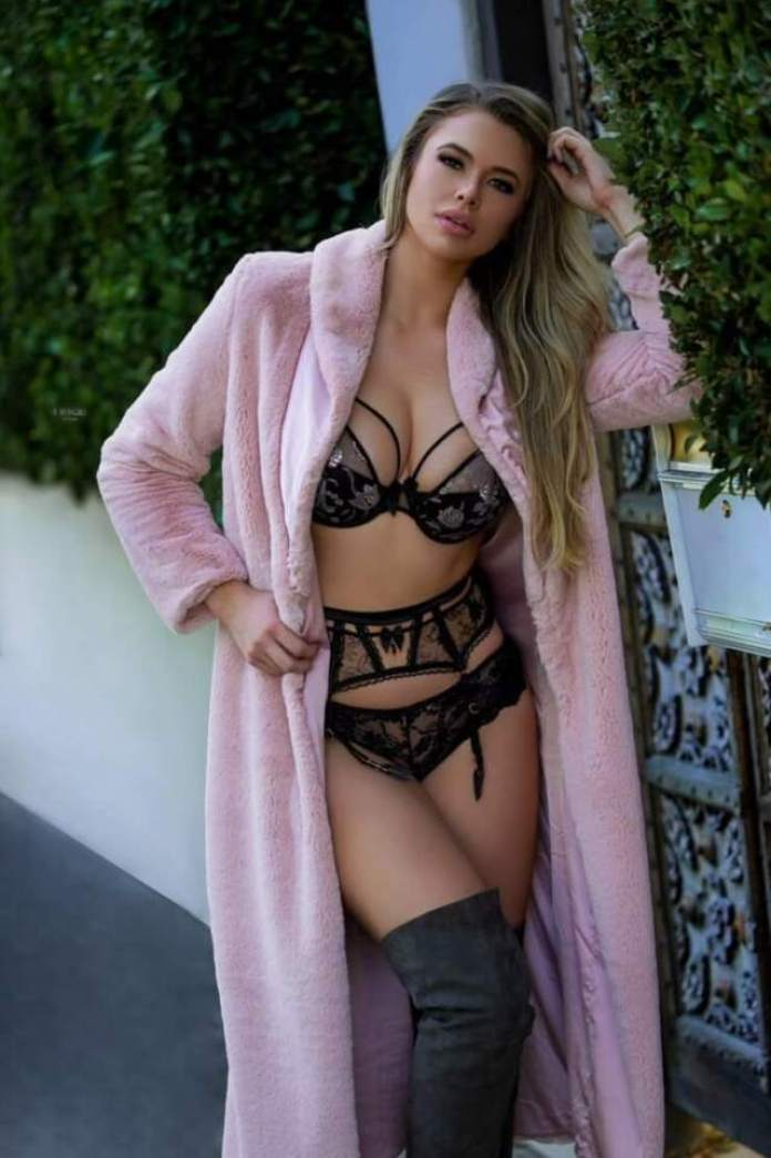 Antje Utgaard Hottest Pictures (40 Photos)