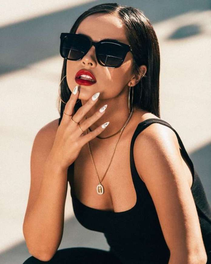 Becky G Hottest Pictures (41 Photos)