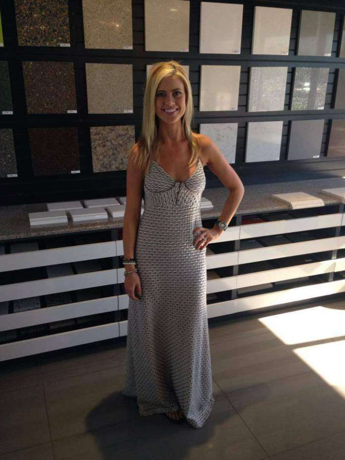 Christina Anstead Hottest Pictures (41 Photos)