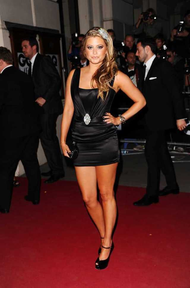 Holly Valance Sexiest Pictures (39 Photos)