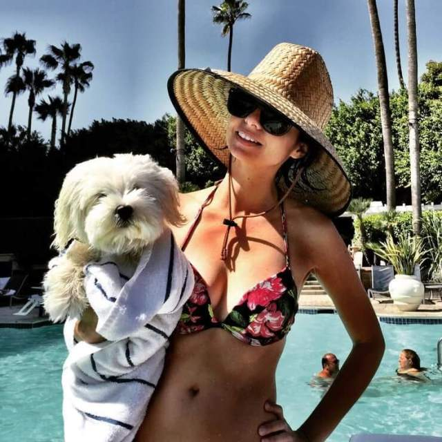 Kate Micucci Hottest Pictures (39 Photos)