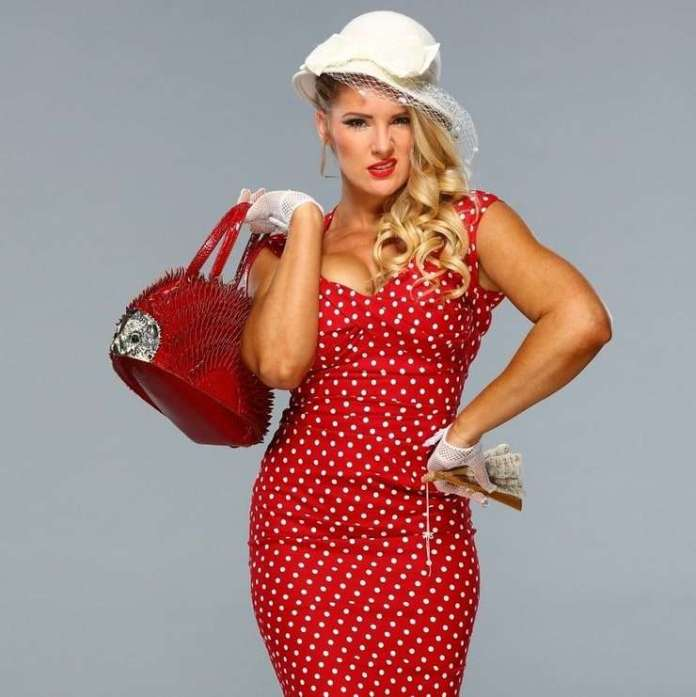 Lacey Evans Sexiest Pictures (41 Photos)