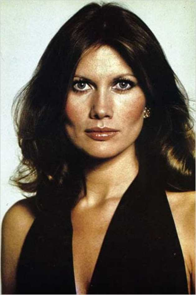 Maud Adams Sexiest Pictures (40 Photos)