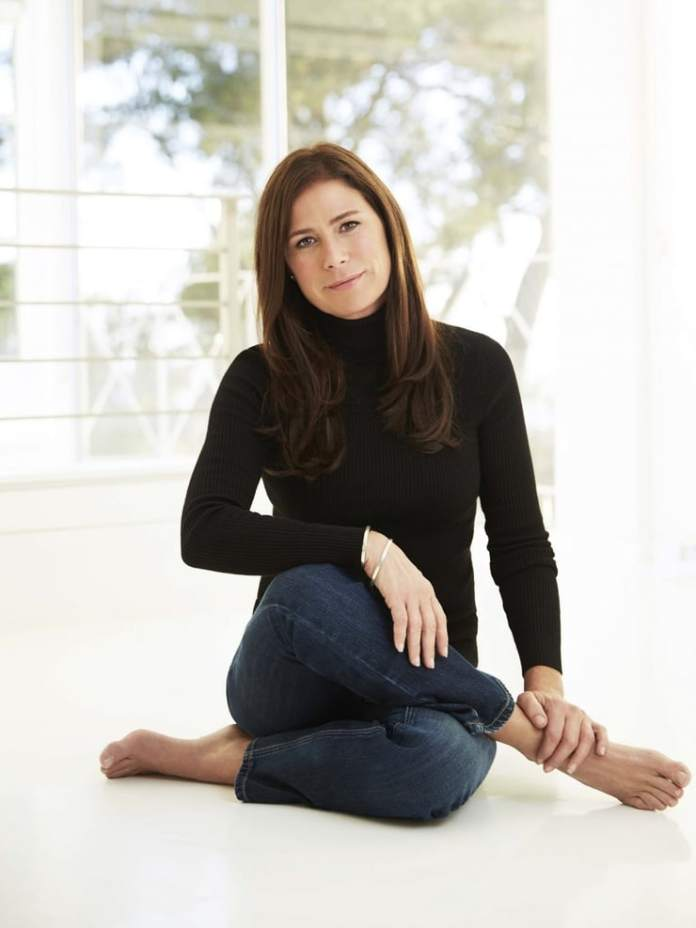 Maura Tierney Hottest Pictures (39 Photos)