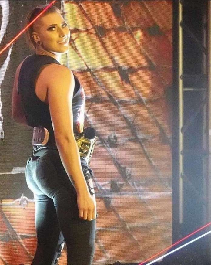 Rhea Ripley Hottest Pictures (41 Photos)