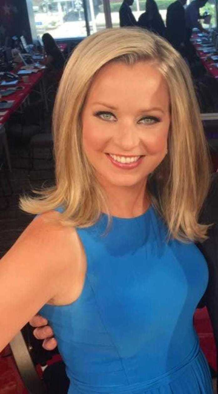 Sandra Smith Hottest Pictures (41 Photos)