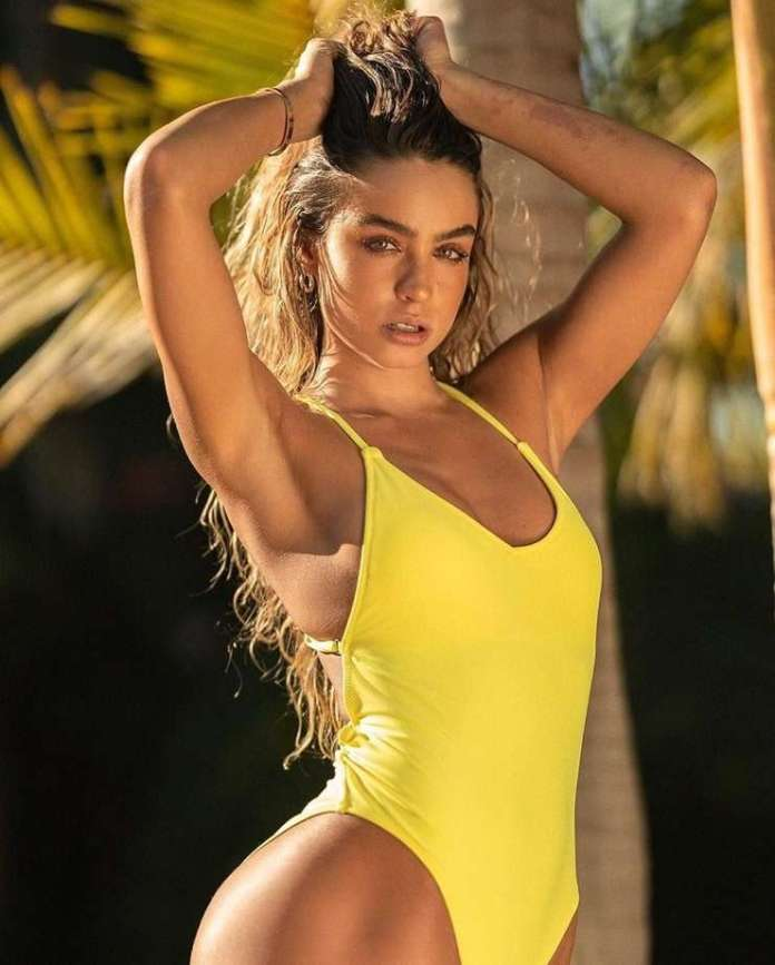 Sommer Ray Hottest Pictures (41 Photos)