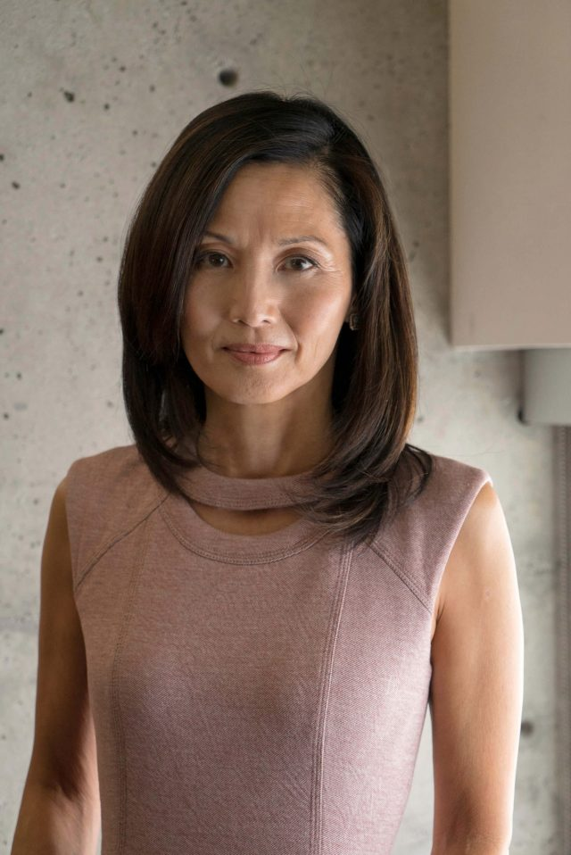 Tamlyn Tomita Sexiest Pictures (40 Photos)