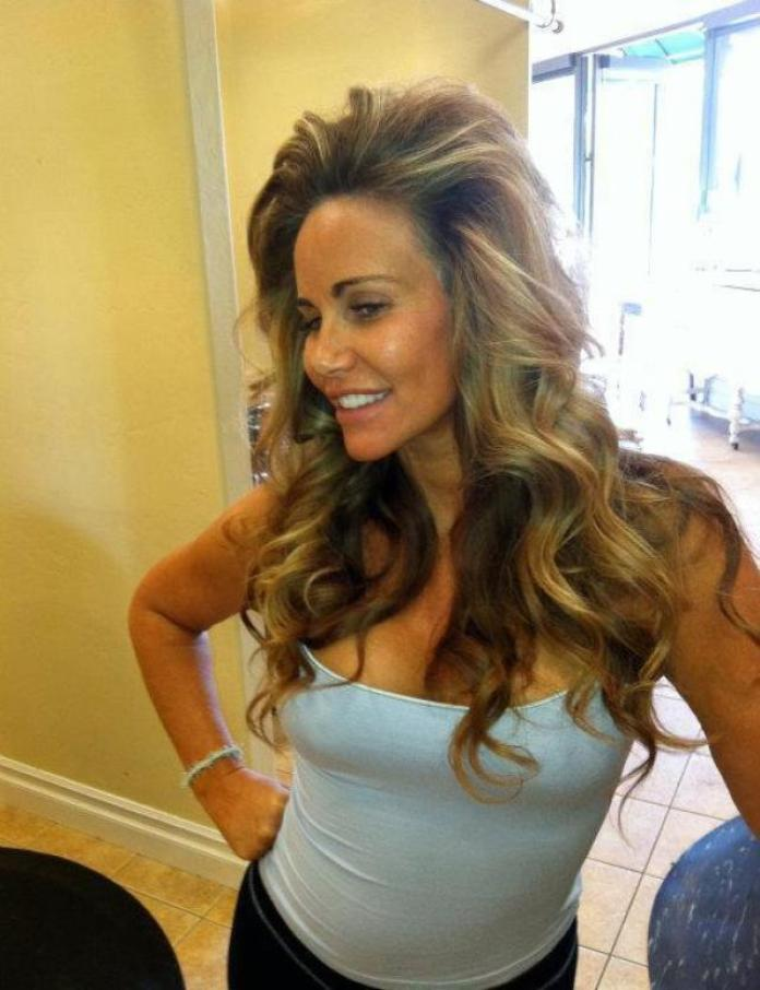 Tawny Kitaen Sexiest Pictures (40 Photos)