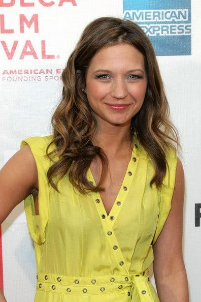 Vanessa Ray Hottest Pictures (41 Photos)