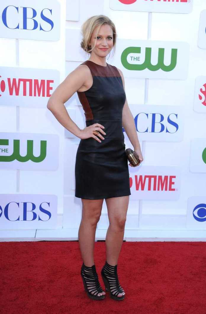 A. J. Cook Hottest Pictures (41 Photos)