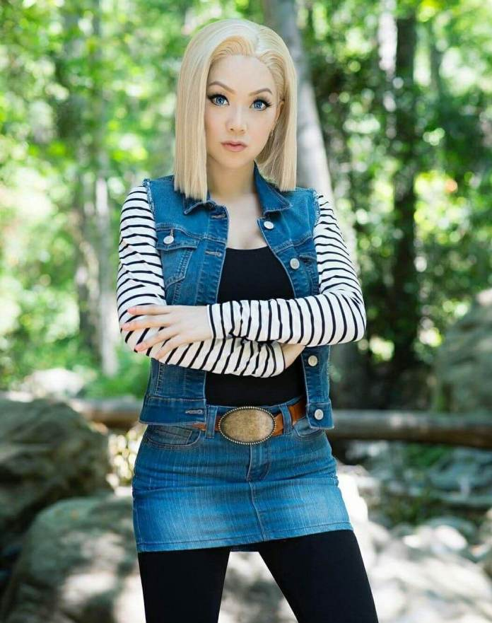 Android 18 Sexiest Pictures (41 Photos)