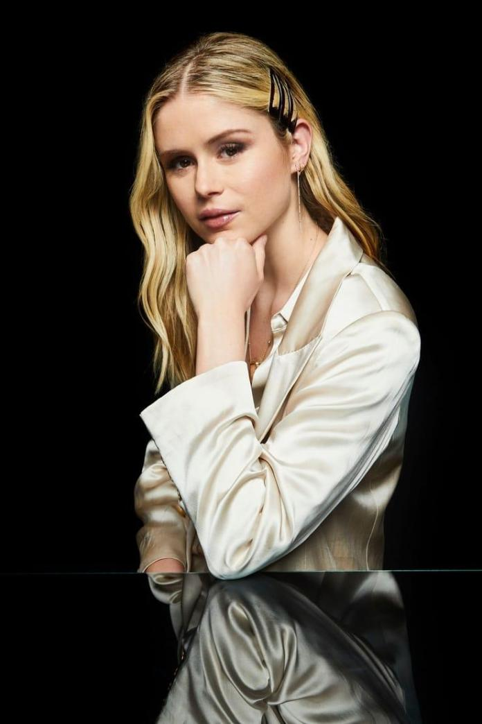 Erin Moriarty Sexiest Pictures (41 Photos)