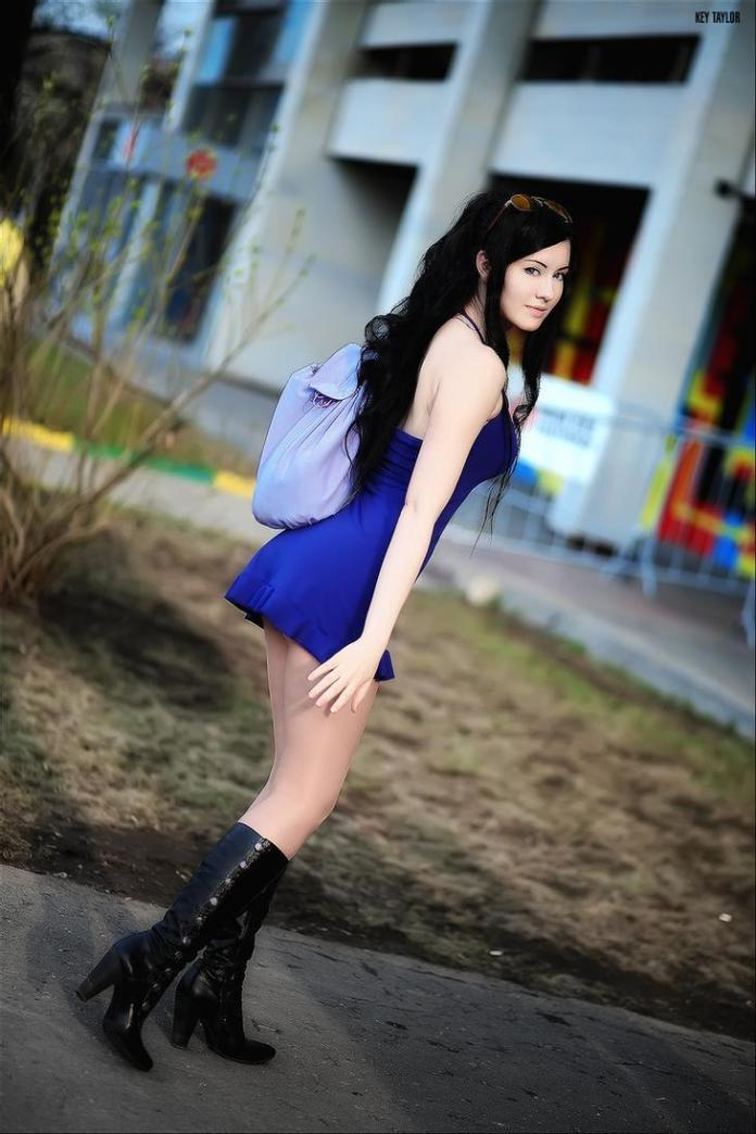 Nico Robin Hottest Pictures (41 Photos)