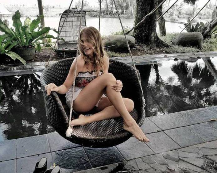Rhian Ramos Sexiest Pictures (41 Photos)
