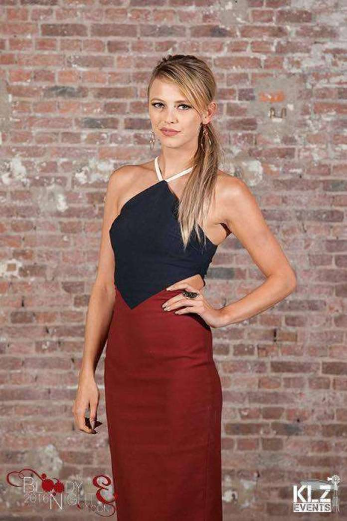 Riley Voelkel Sexiest Pictures (39 Photos)