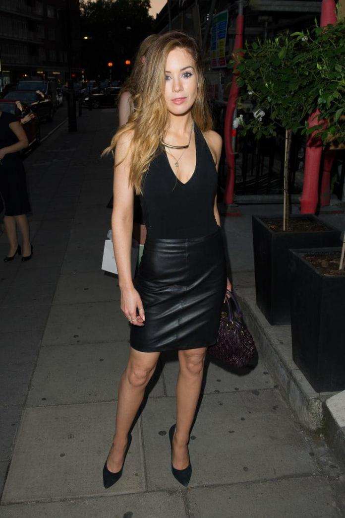 Roxanne McKee Sexiest Pictures (39 Photos)