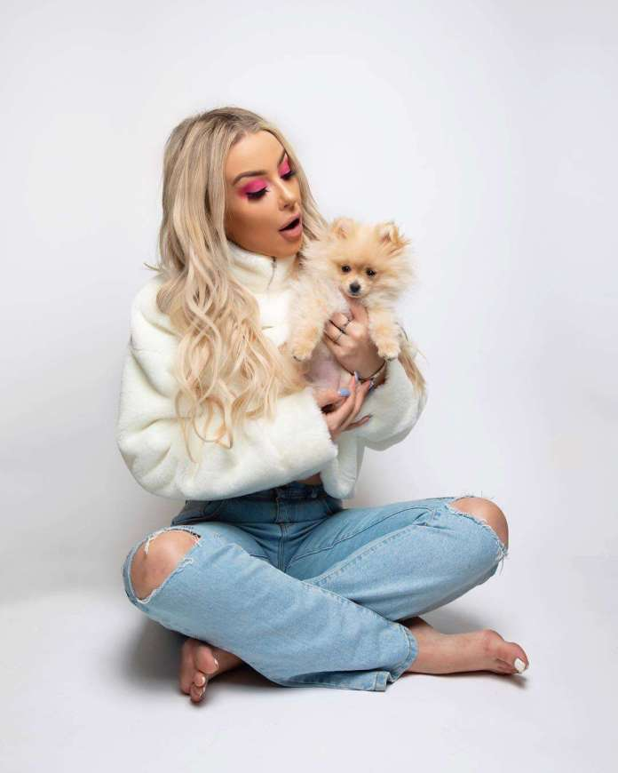 Tana Mongeau Hottest Pictures (41 Photos)
