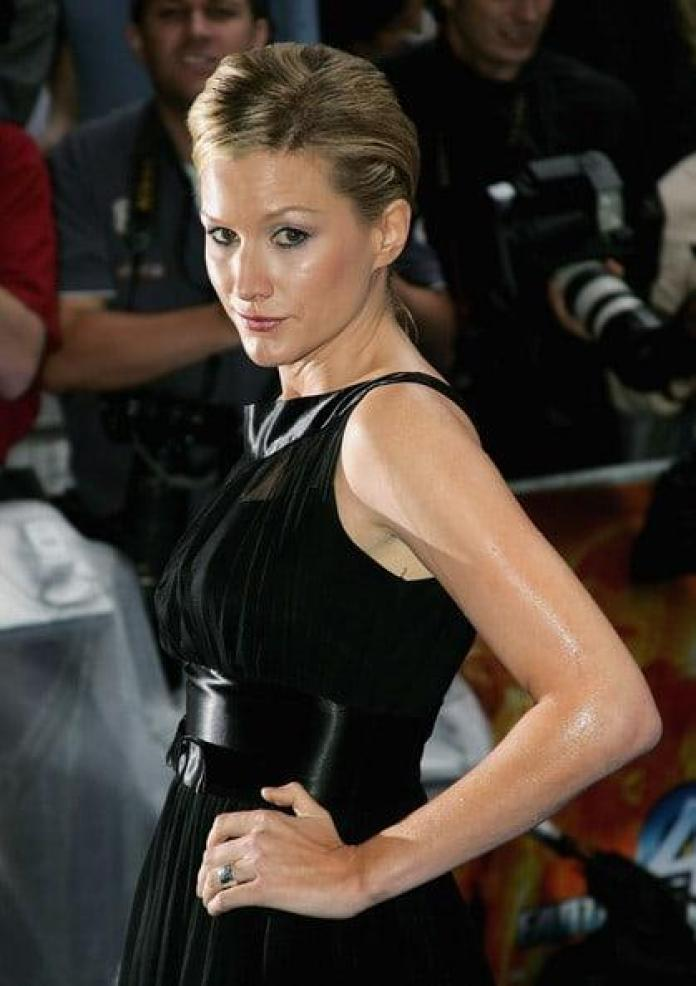Alice Evans Hottest Pictures (36 Photos)