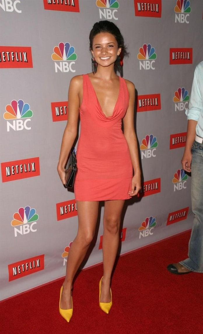 Alice Greczyn Hottest Pictures (41 Photos)