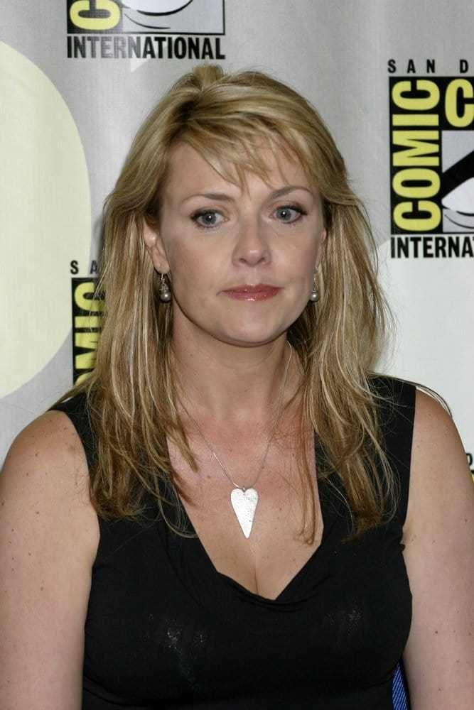Amanda Tapping Hottest Pictures (41 Photos)