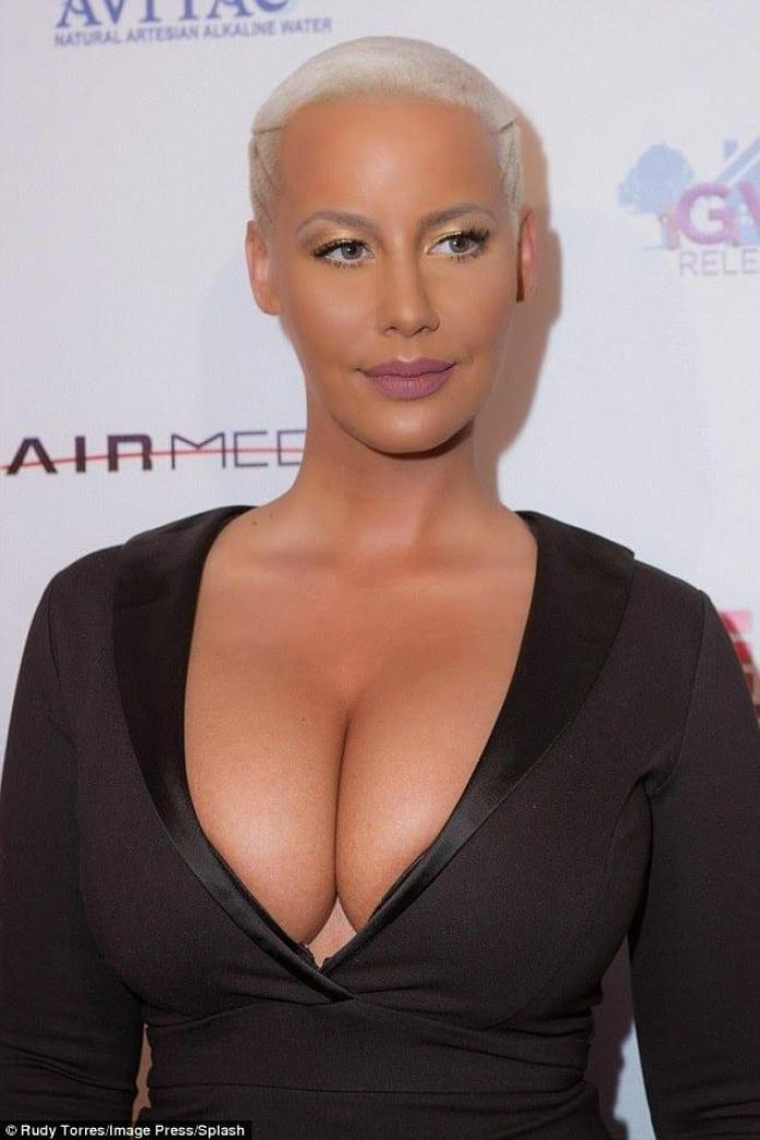 Amber Rose Hottest Pictures (41 Photos)