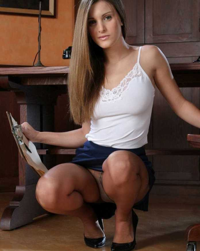 Andie Valentino Sexiest Pictures (41 Photos)