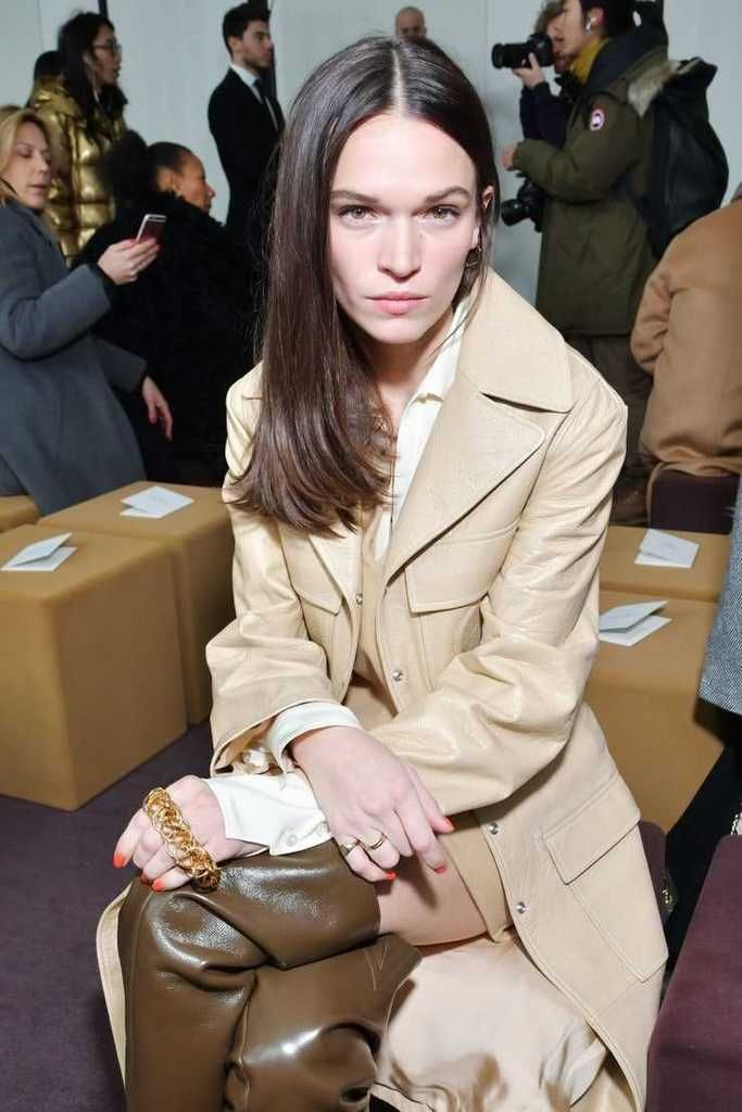 Anna Brewster Sexiest Pictures (41 Photos)