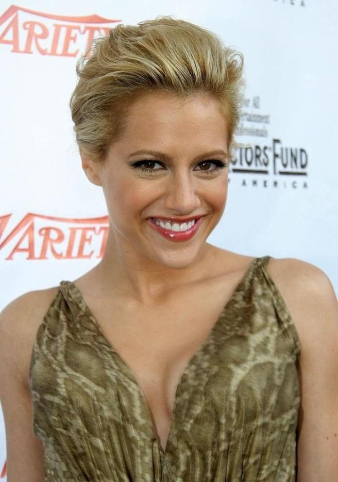 Brittany Murphy Sexiest Pictures (41 Photos)