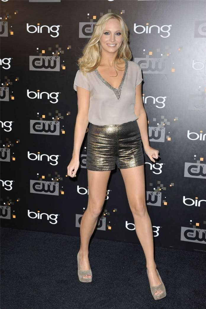 Candice King Sexiest Pictures (41 Photos)