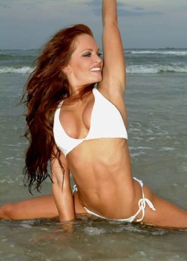 Christy Hemme Hottest Pictures (40 Photos)