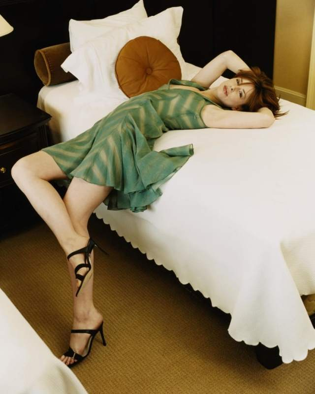 Diane Neal Sexiest Pictures (39 Photos)