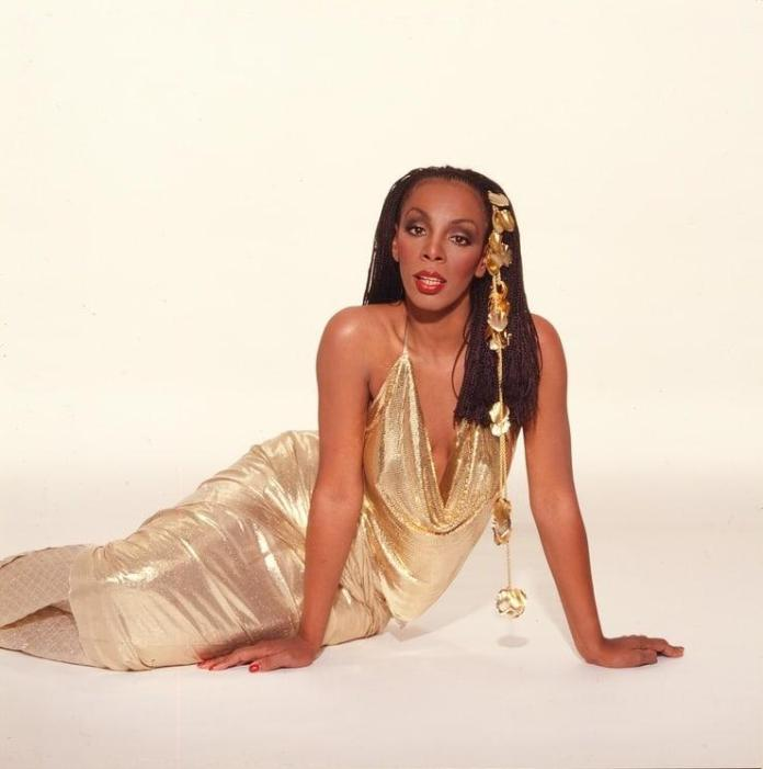 Donna Summer Sexiest Pictures (41 Photos)