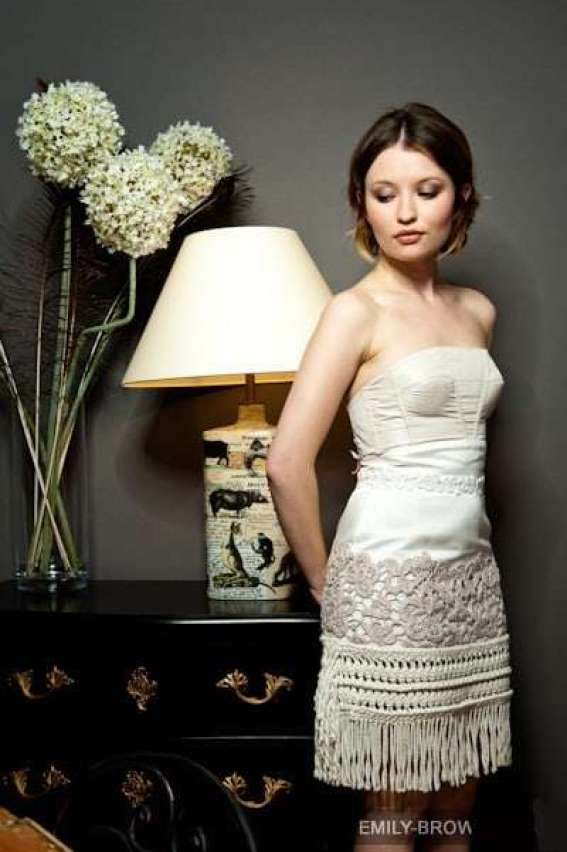 Emily Browning Hottest Pictures (41 Photos)