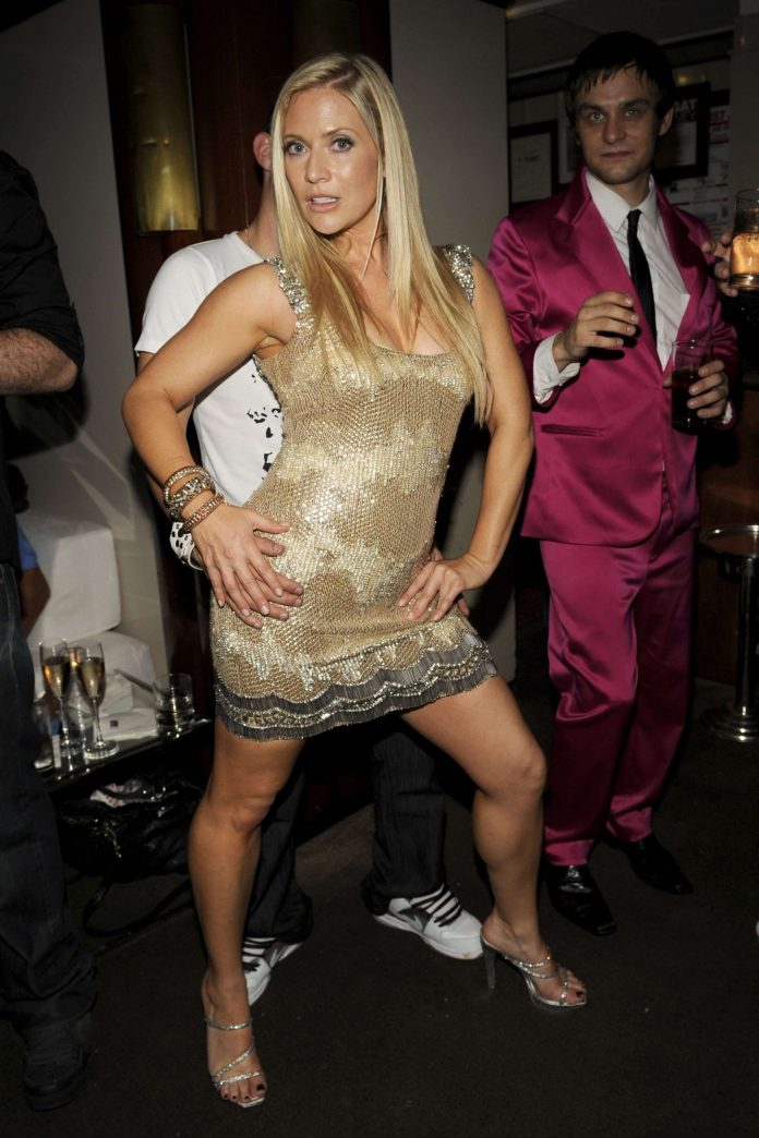 Emily Procter Sexiest Pictures (41 Photos)