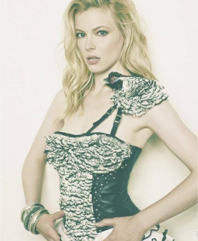 Gillian Jacobs Hottest Pictures (41 Photos)