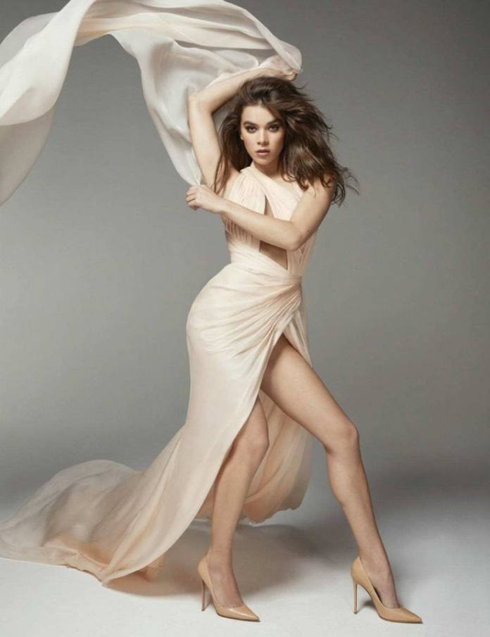 Hailee Steinfeld Hottest Pictures (41 Photos)