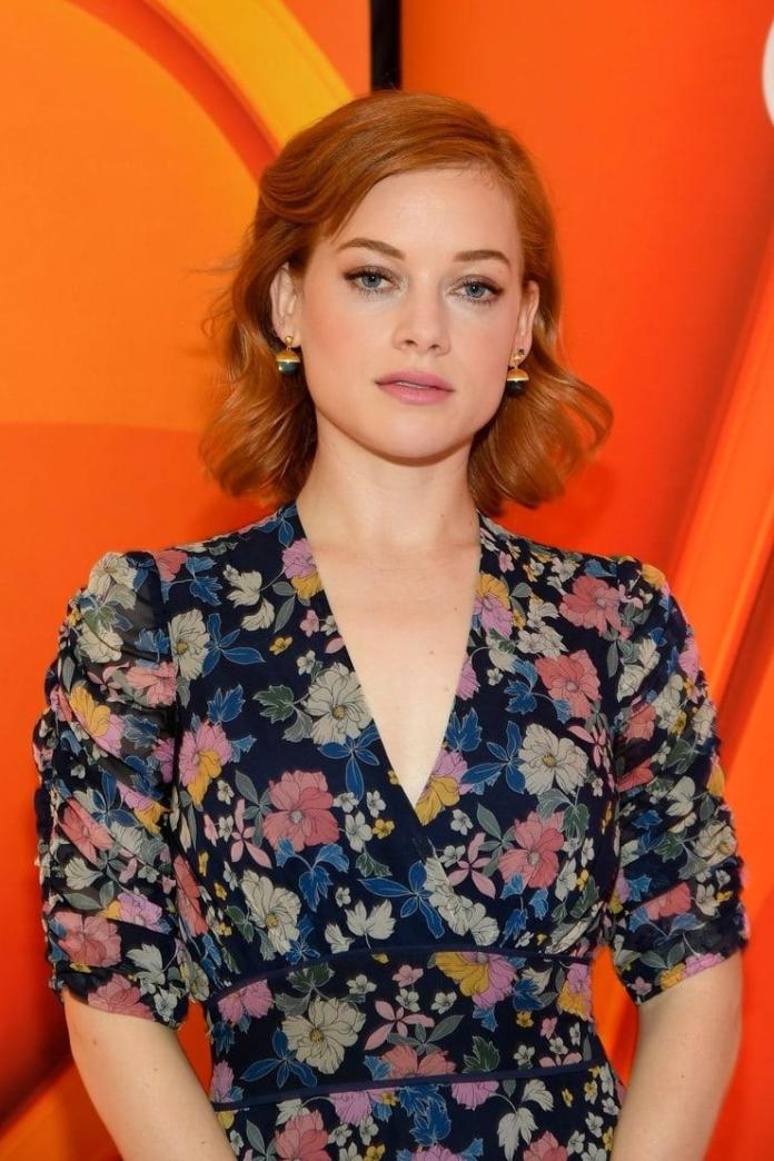 Jane Levy Sexiest Pictures (41 Photos)