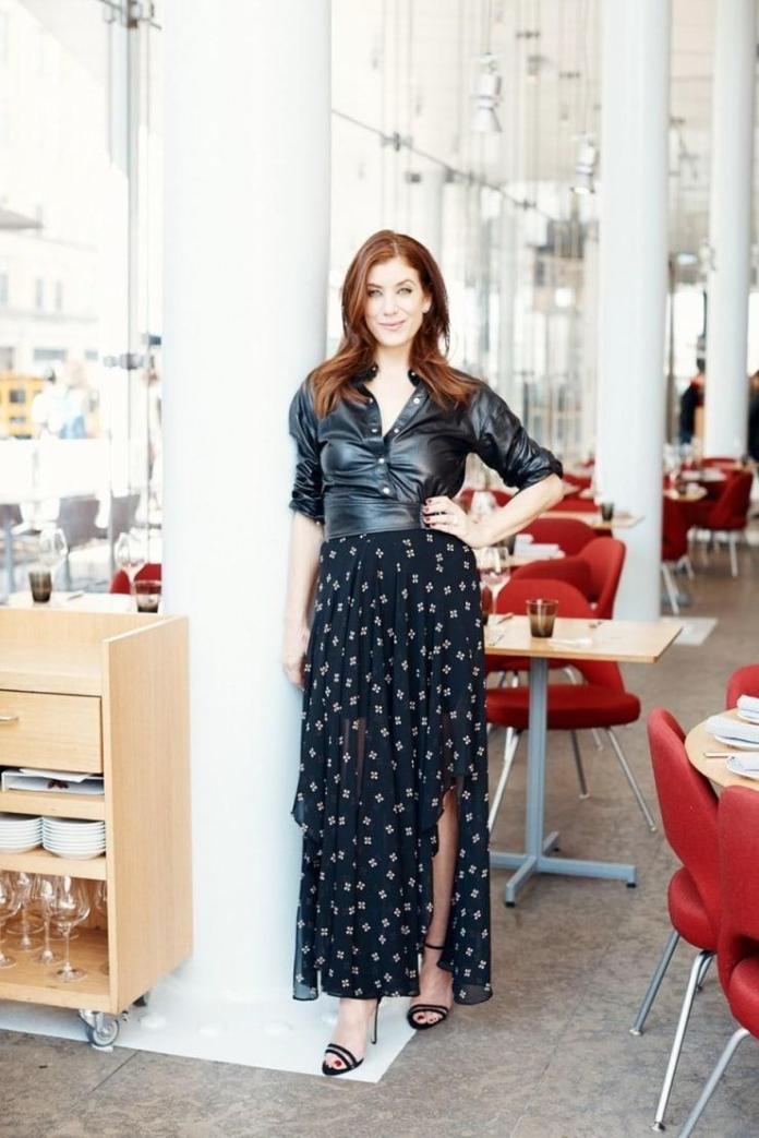 Kate Walsh Hottest Pictures (41 Photos)