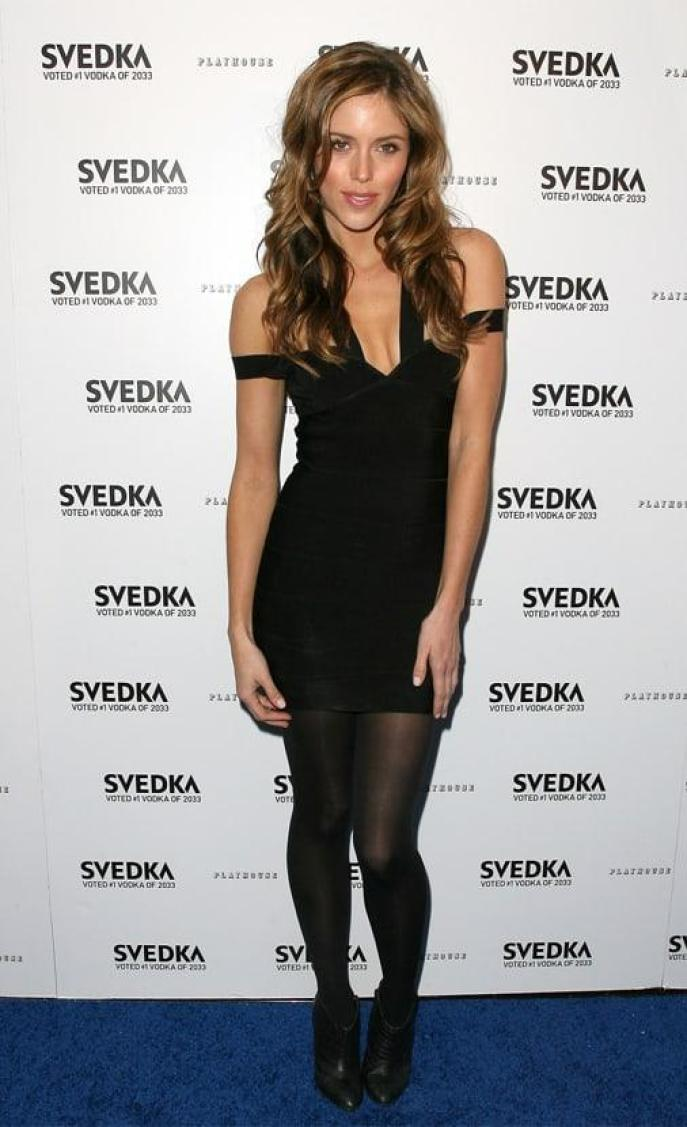 Kayla Ewell Hottest Pictures (41 Photos)