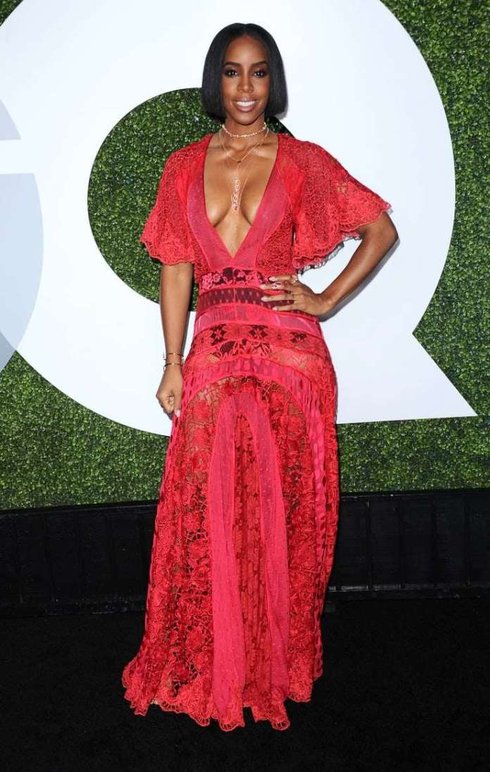 Kelly Rowland Sexiest Pictures (41 Photos)