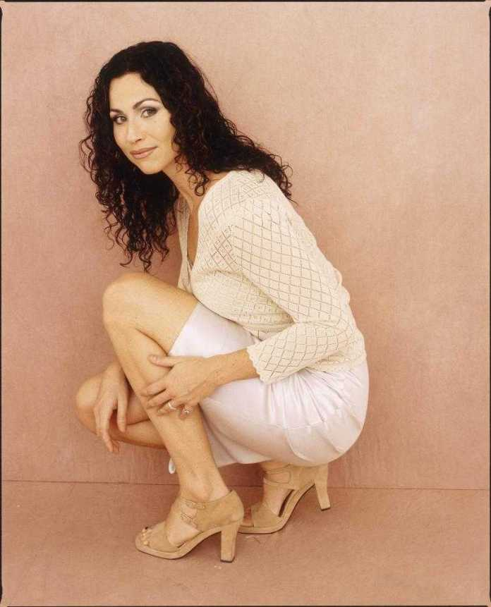 Minnie Driver Sexiest Pictures (41 Photos)
