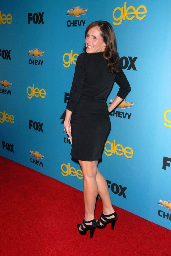 Molly Shannon Sexiest Pictures (41 Photos)