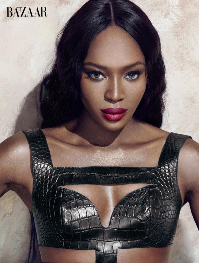 Naomi Campbell Sexiest Pictures (41 Photos)