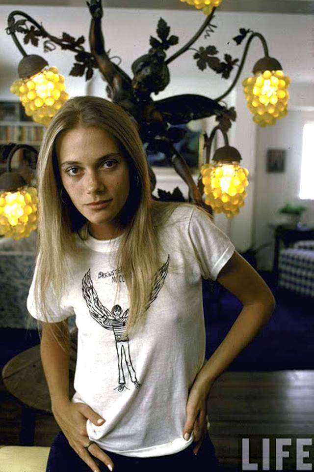 Peggy Lipton Sexiest Pictures (41 Photos)