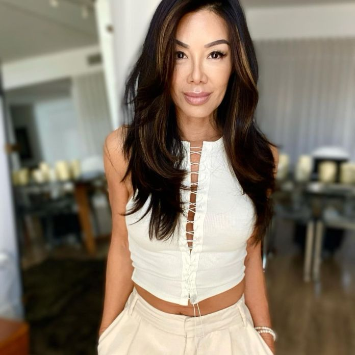 Sharon Tay Sexiest Pictures (40 Photos)