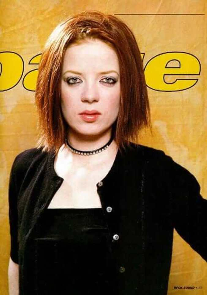 Shirley Manson Hottest Pictures (41 Photos)