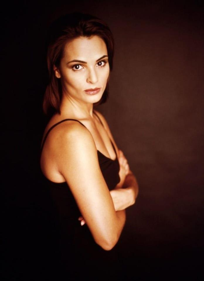 Talisa Soto Sexiest Pictures (41 Photos)